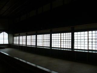 ⑥ 僧堂 万色を秘めたモノクロームの世界.jpeg